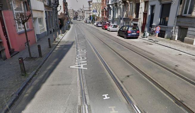 Photo d'une voirie et de rails de tram